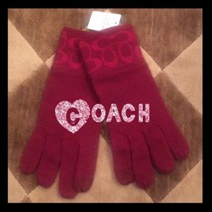 ❤️NWT❤️Authentic COACH knit gloves ❄️